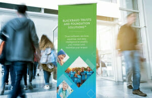 Roll-up Standing Banner